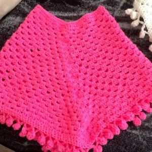 Sweaters - Girls ponchos